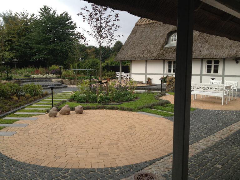 Cirkelformet terrasse